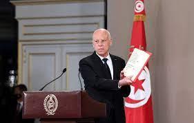 سعيد لا يزال يحظى بثقة أغلبية الشعب التونسي