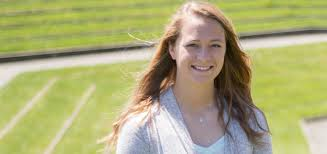 2018: Hannah Smith '18: Psychology and math major | UMass Dartmouth