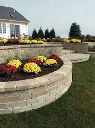 gallery outdoor living wall featuring: unilock wall planter featuring unilock olde quarry paver