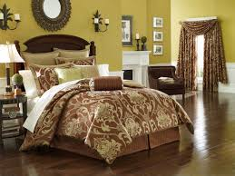 Sleek Bedroom Furniture Luxury Bed Sets Luxury Bedroom Sets In Home Designing Ideas With