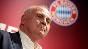 Born 5 january 1952), is the former president of german football club bayern munich and a for faster navigation, this iframe is preloading the wikiwand page for uli hoeneß. Uli Hoeness Veut Tout Remettre A Plat Au Bayern Eurosport