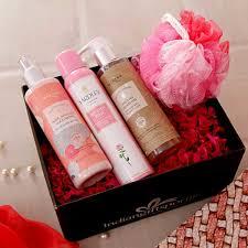 mantra ayurvedic bath essentials her with yardley deo in a gift box