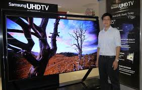 tv 85 inch. mitchell wong, assistant manager - trainer, trade marketing, samsung malaysia with the 85 tv inch r