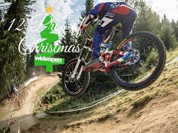 12 Pros of Christmas : Adam Brayton.
