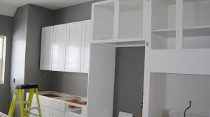 gray kitchen cabinets with white walls quicuacom