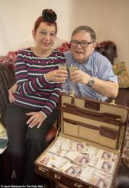 Wedunnit! Double delight for our £25k winners   Daily Mail Online