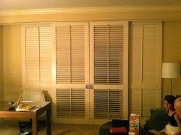 louvered closet door louvered closet doors sizes plantation louvered sliding closet doors