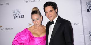 <b>Fashion designer</b> Zac Posen is shuttering his <b>business</b> after nearly