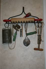 primitive crafts | old kitchen gadgets | Primitive Crafts Decor ...