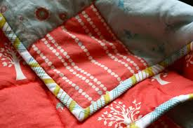 Machine Quilt Binding 101 + Quilt Binding DIY   Pretty Prudent & Save Adamdwight.com