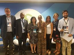 """Bureau of Reclamation on Twitter: """"Wendy Christensen stands with the panel  participants from the Yakima Integrated Plan during the #WorldWaterForum8  in Brasilia.… https://t.co/xZ6vTFaRmC"""""""