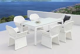 White Wicker Outdoor Furniture Table