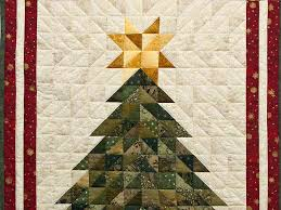 Quilt -- terrific meticulously made Amish Quilts from Lancaster ... & ... Dazzling Patchwork Christmas Tree Wall Hanging Photo 2 ... Adamdwight.com