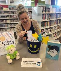 Wauconda Area Library spreading kindness in the community