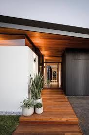 Dlc Designs Austin Tx Tour A Modern Light Filled Home Built On A Golf Course Block
