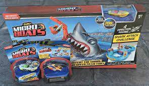 micro boats are 3 5 inch miniaturized motor boat toys that can really race around these motorized racing boats can reach a scaled sd for their