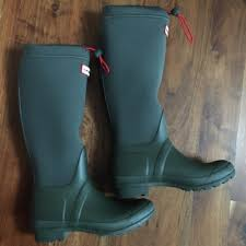 hunter boots size 6 hunter shoes hp original tour neoprene size 6 olive poshmark