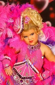 universal royalty pageant in melbourne believed to have been  chill usa child beauty pageants american child pageant winner eden wood stars in tv program toddlers and tiaras pictures sourced from facebook