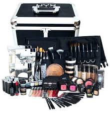 makeup kit mac cosmetics makeup artist starter kit a i want this so bad where can i