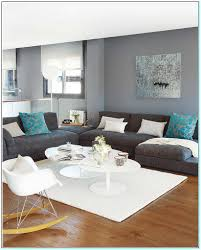 what color couch goes with light grey walls