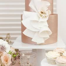 Ruffles Cake Design Modern Wedding Cakes Wrapped In Ruffles