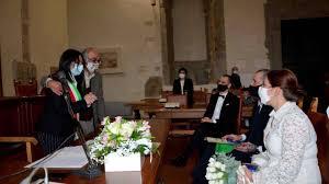 Umbria TV - Oggi sposi in comune nonostante la zona rossa
