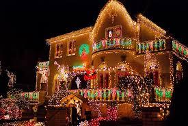 Dyker Heights Christmas Lights Tour 2017 Nyc Nyc Brooklyns Dyker Heights Home Christmas Light