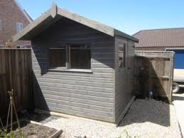 garden hut. Garden Shed With Side Overhang: Front Hut
