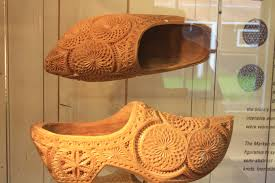file wooden shoes amsterdam the netherlands jpg