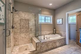 Gorgeous master bath! extra large walk-in shower, glass door, jetted tub