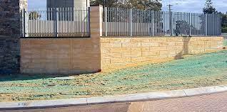 to lay limestone retaining wall blocks