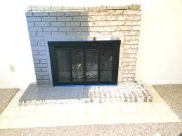 fireplace brick painting paint your brick fireplace in two easy steps the quick and easy way fireplace brick painting