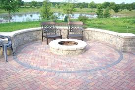 how to build a round brick fire pit circular brick fire pit what kind of bricks