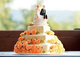トレンドをcheck 流行りのウエディングケーキデザイン8選 Briju