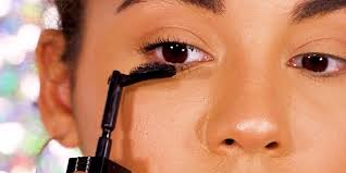 <b>Givenchy's Noir Interdit</b> mascara turns 90 degrees - Business Insider