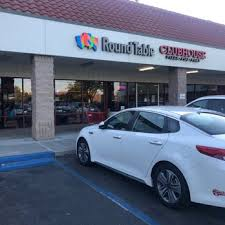 photo of round table pizza clubhouse vacaville ca united states the outside