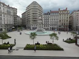 images?q=tbn:ANd9GcTuSubNNafOyKyA_MUyXCK