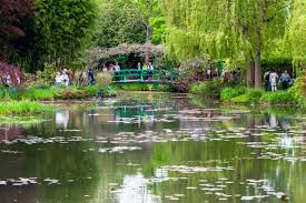 artists stories brief story of claude monet s garden in giverny