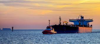 Vessel At Anchor Lights About Menas Menas