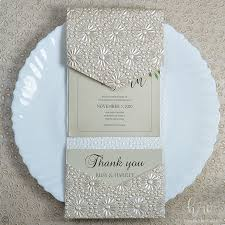 Weding Card Designs Designer Round Flower Flicker Textured Paper Fall Wedding Invitations 7x5 Ltri Prt07