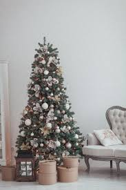 Light Pink And White Christmas Tree How To Decorate A Christmas Tree Like A Professional