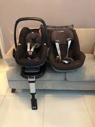 maxi cosi pebble and pearl car seats including isofix base