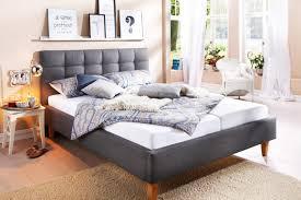 8 Coole Ideen Für Die Wand Hinter Dem Bett