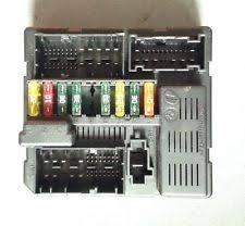 bmw fuses fuse boxes bmw z4 e85 e86 x3 e83 petrol power distributor fuse box 7560626