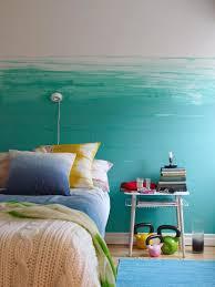 Wand Streichen In Farbpalette Der Wandfarbe Blau Wände