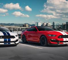 2018 ford mustang gt350. interesting mustang a pair of 2018 ford gt350s driving on street in ford mustang gt350