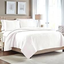 white and ivory bedding quilt collection