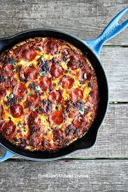 the best pan pizza super easy from foowithfamily com