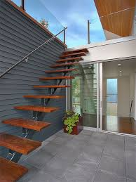 Exterior stair accessing roof terrace modern-staircase