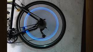 ilration for article titled this diy bike safety light never needs batteries is powered by